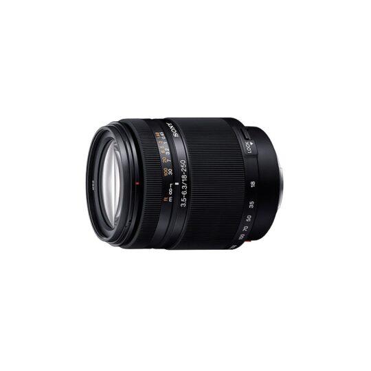 Sony Objetivo 18-250mm f/3.5-6.3 DT