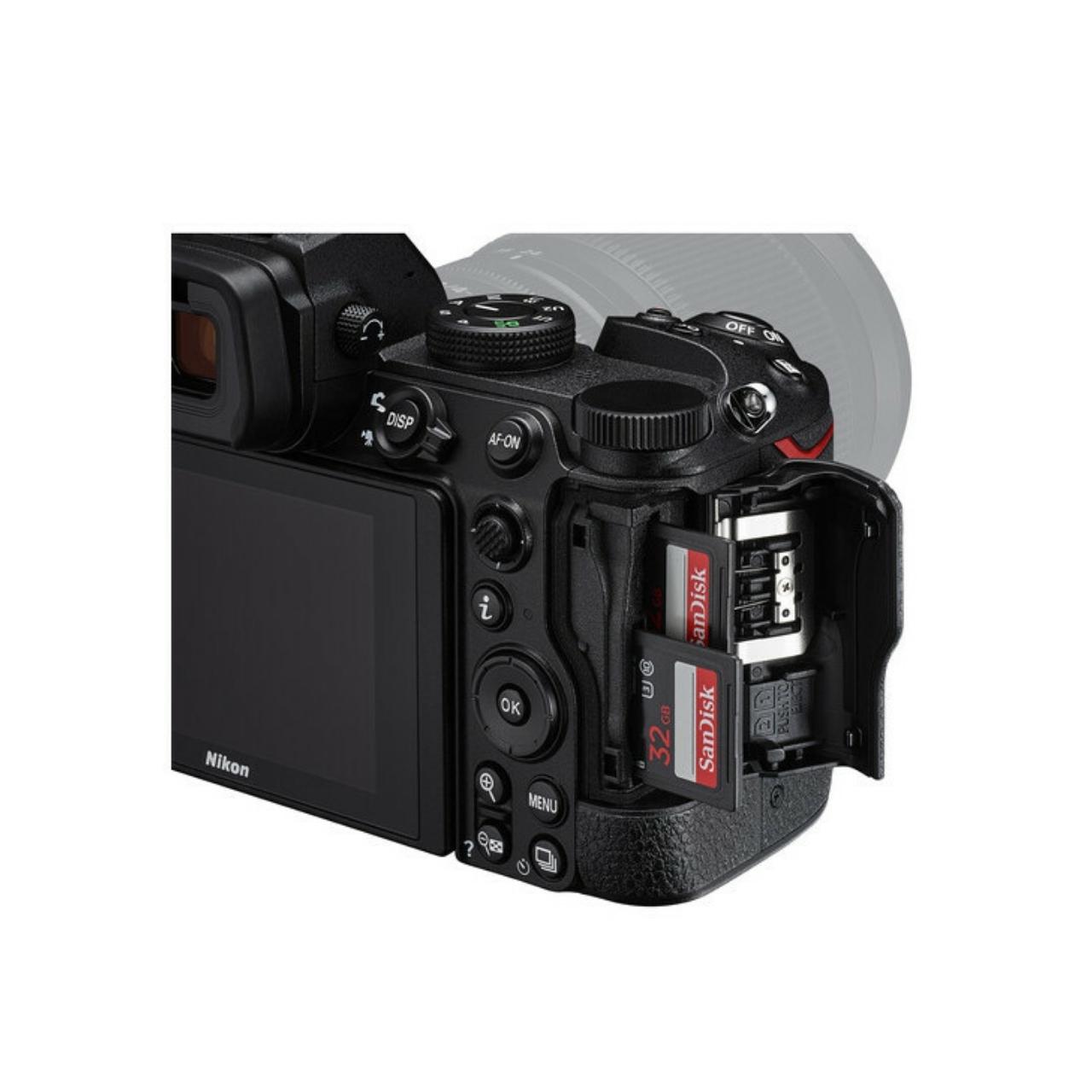 Nikon Cámara Evil Z5 + Objetivo Z 24-50mm